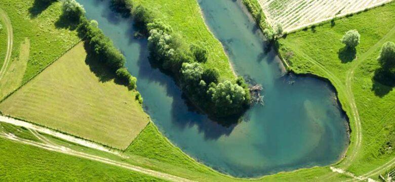Wir helfen bei der Renaturierung von Fliessgewässern
